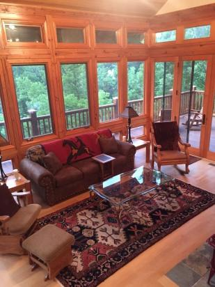 Floor to ceiling window views of the River - Little Buffalo 10 ft from deck! Fish,Canoe, Swim! - Jasper - rentals