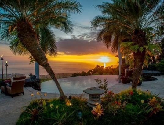 Breathtaking sunset view - Hale Wailele- Luxury at its Finest! Weddings - Kailua-Kona - rentals