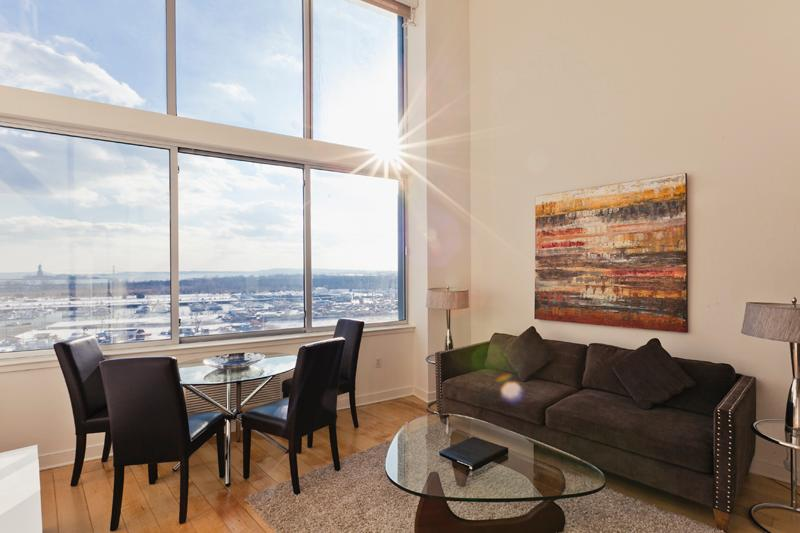 The Living Room - 3 Bedroom Apartment - Statue of Liberty View! - Jersey City - rentals