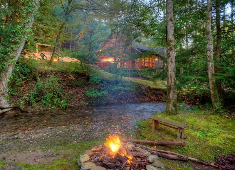 Buddy`s Bungalow-Magical Creekside Cabin - Image 1 - United States - rentals