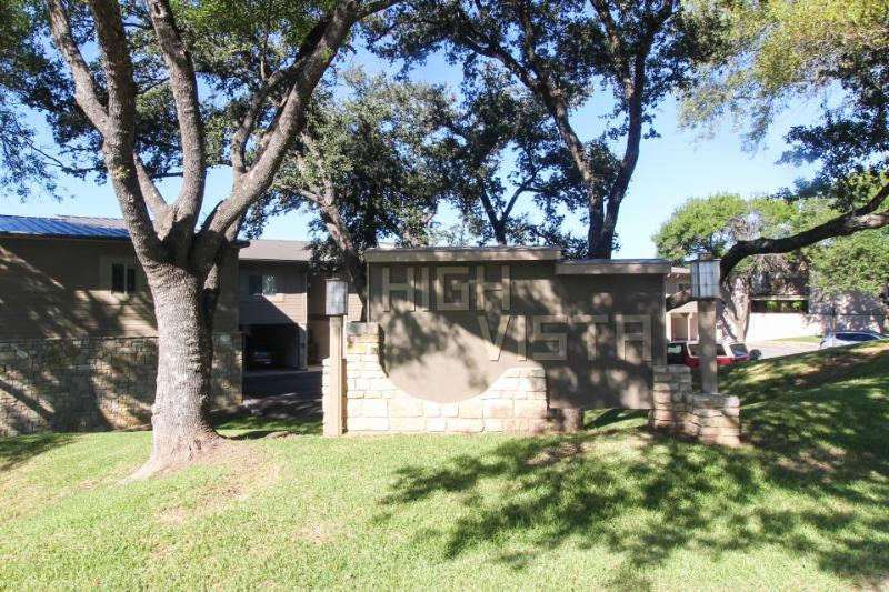 Vintage condo w/shared pool & partial views of Lake LBJ! - Image 1 - Horseshoe Bay - rentals
