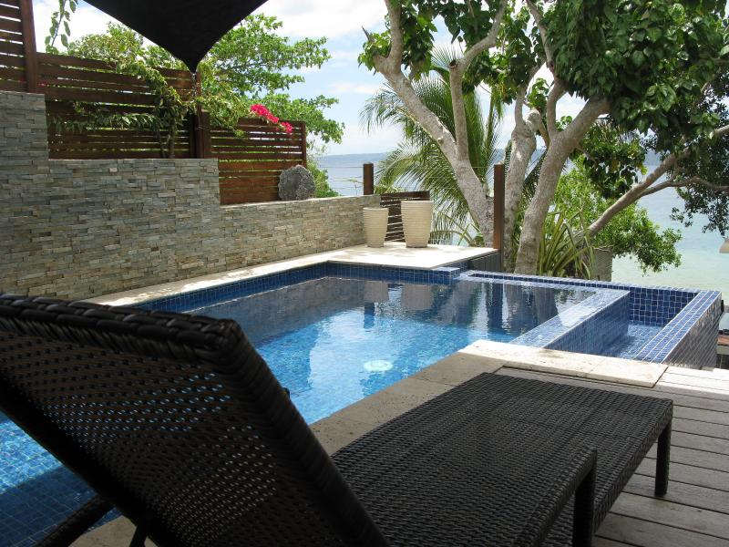 Grand Villa exclusive couples retreat on the beach - Image 1 - Port Vila - rentals