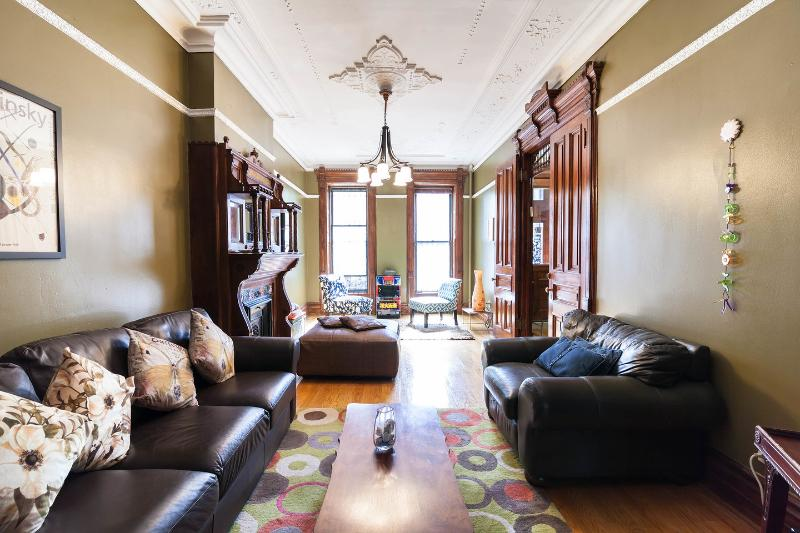 Living Room - Brooklyn's Favorite Victorian Brownstone w/Garden - Brooklyn - rentals