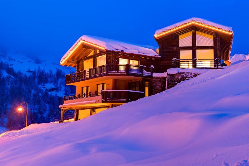 Chalet Grace, Sleeps 12 - Image 1 - Zermatt - rentals