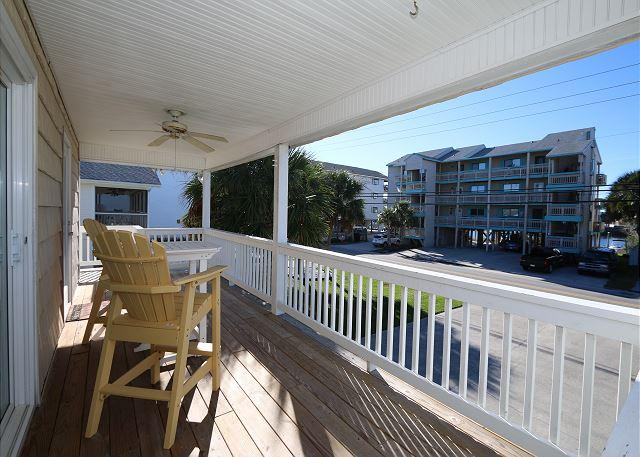 Beach Therapy - Great sound view three bedroom house in Carolina Beach - Image 1 - Carolina Beach - rentals