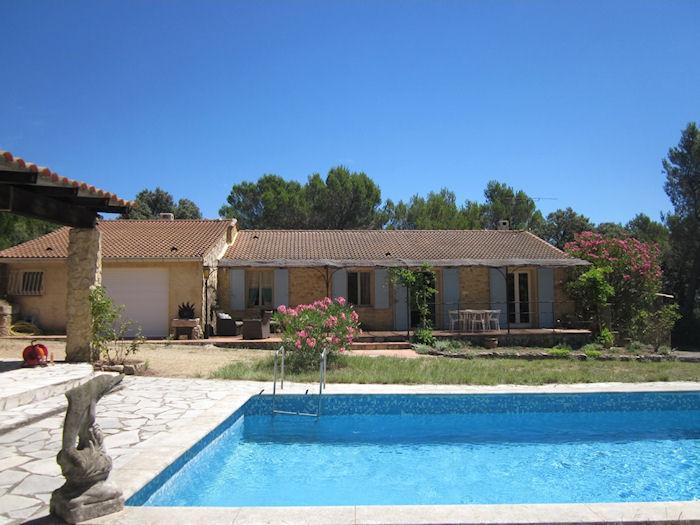 Saint Nazaire Gard, Villa 9p in nice surrounding with private pool - Image 1 - Saint-Nazaire - rentals