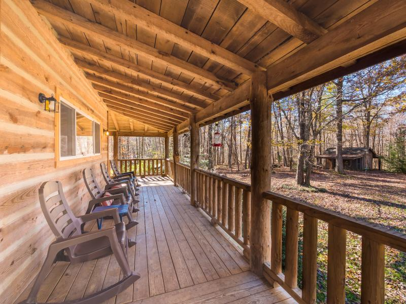 Trail's End Log Cabin - Image 1 - Signal Mountain - rentals