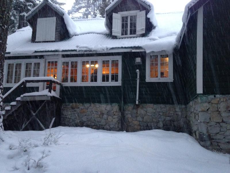 Back of Cabin - Boyle River Lodge - Twin Bridges - rentals