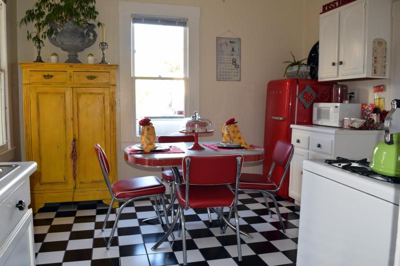 Caza de Coco -  Hubba Hubba Get Down Downtown - Image 1 - Santa Barbara - rentals