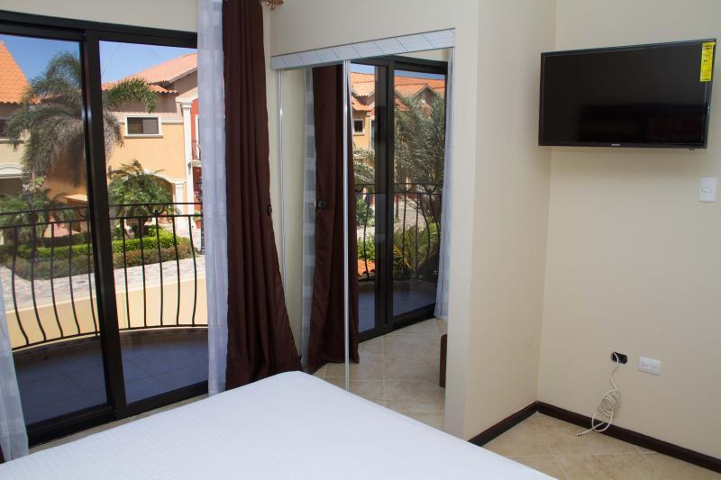 2 Bedroom Townhome - Diamante 103 - Image 1 - Noord - rentals