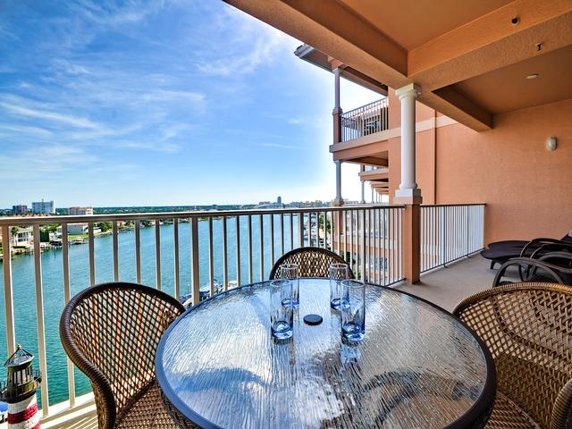 Beautiful Clearwater Beach vacation condo - Harborview Grande 701 Stunning view of Clearwater Harbor - Clearwater Beach - rentals