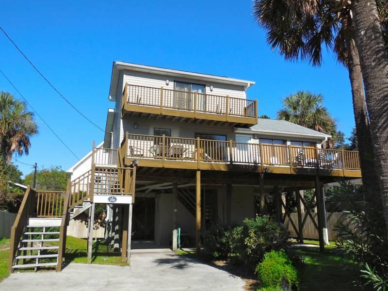 Exterior - Compass Rose II - Folly Beach, SC - 3 Beds BATHS: 2 Full - Folly Beach - rentals