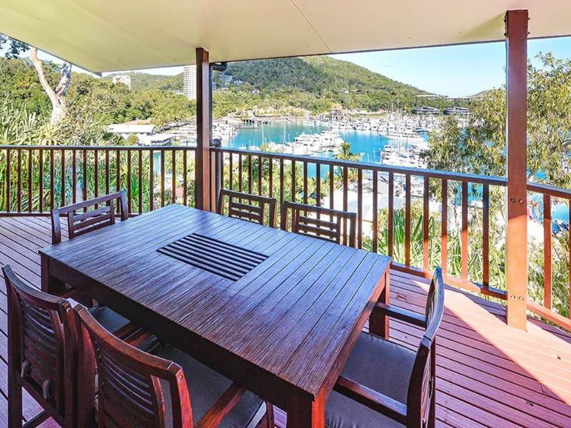 Balcony - Casuarina  Cove 7 - Hamilton Island - rentals