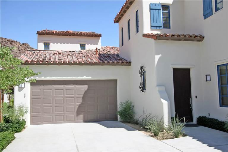 Legacy Villas Gorgeous! Large Two-Story Townhome-(LV942) - Image 1 - La Quinta - rentals