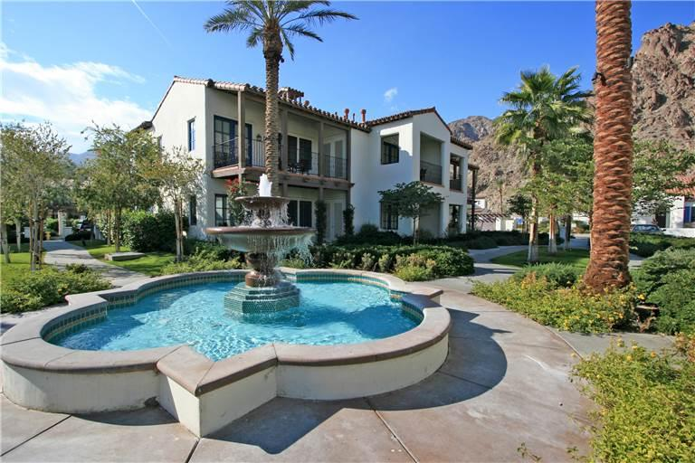 Highly Sought After Legacy Villas Townhome on Pool (LV987) - Image 1 - La Quinta - rentals