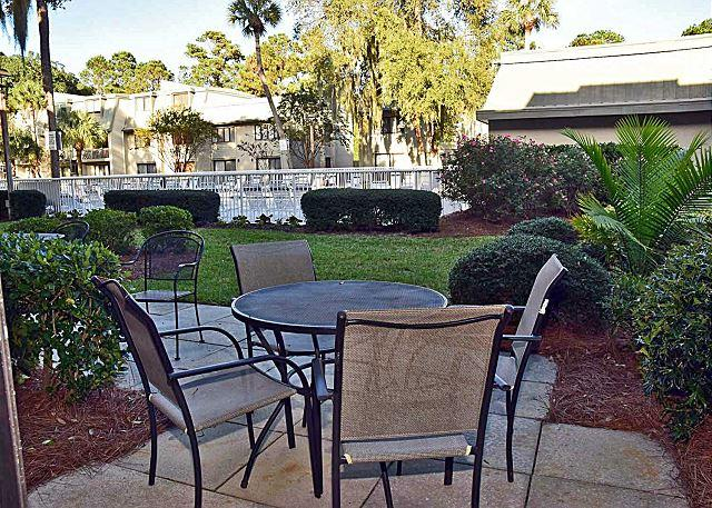 Surf Court 31 - Forest Beach Townhouse - Image 1 - Hilton Head - rentals