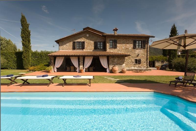 Bella Via Italian Vacation Villa Rental near Cinque Terre - Image 1 - Beverino - rentals