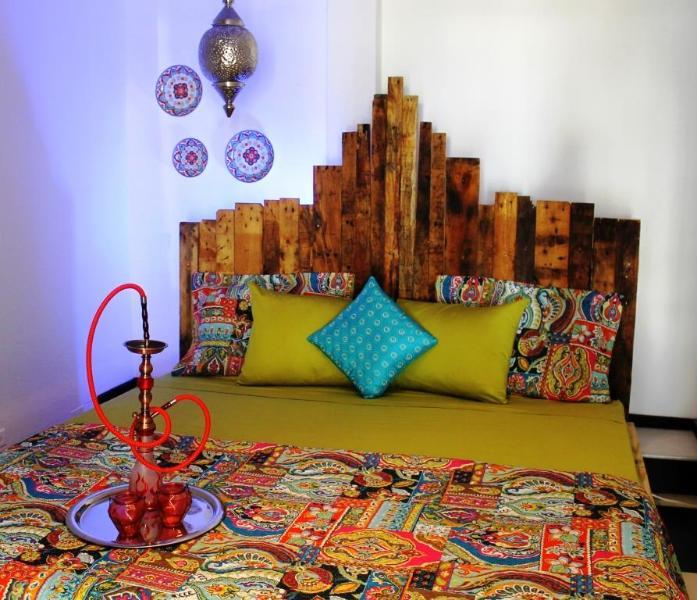 Moroccan Retreat, $99, Palm Beach - Image 1 - Palm/Eagle Beach - rentals