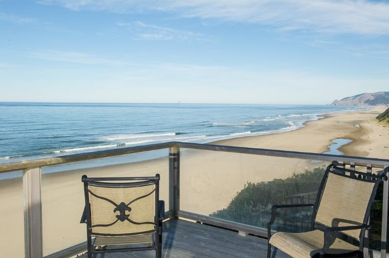 Sea Cliff Cottage ~ RA5858 - Image 1 - Lincoln City - rentals