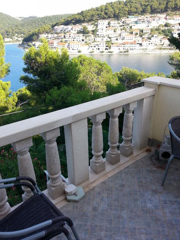 A2(2+2): terrace - 35627 A2(2+2) - Pucisca - Pucisca - rentals