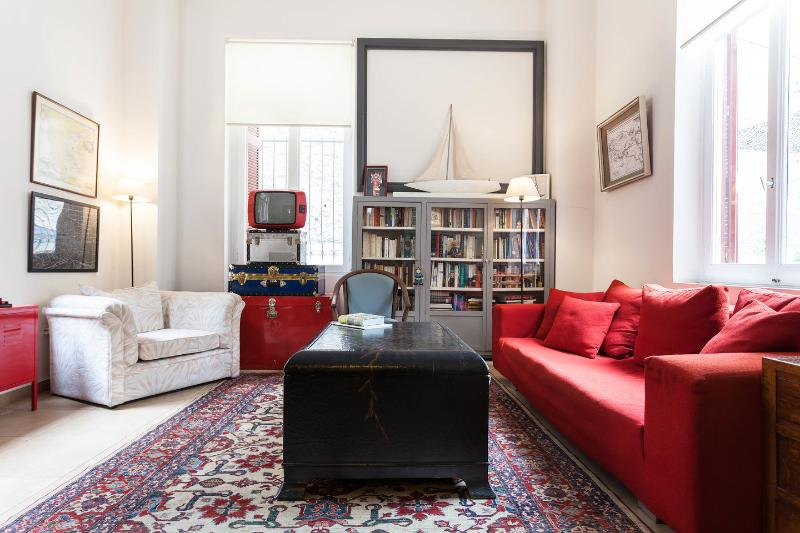 Communal Living Room - The Harry Belafonte Suite @ Alice Inn Athens - Athens - rentals