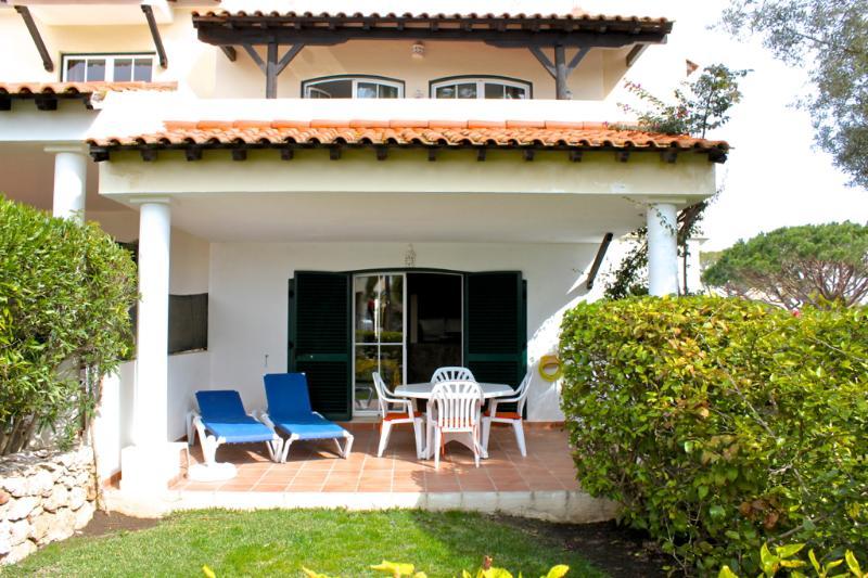 Merengue Cherry Apartment, Vilamoura, Algarve - Image 1 - Vilamoura - rentals