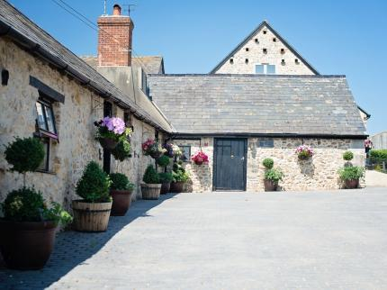 exterior of the dairy - The Dairy a former keepers cottage 2 bedrooms - Kilmington - rentals
