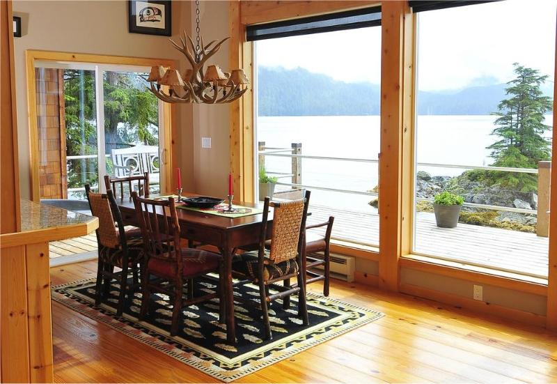Incredible living, dining and kitchen with astounding views - Bart Island - Sitka - rentals