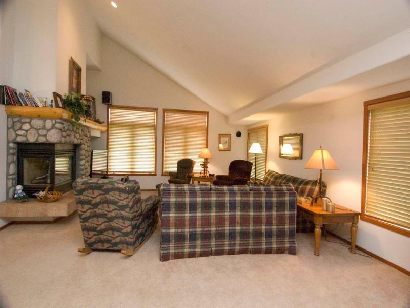 #770 Fairway Circle - Image 1 - Mammoth Lakes - rentals