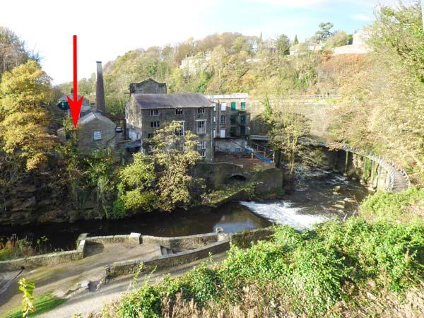 THE CLOCKING IN HOUSE next to Grade II* listed mill, near river in New Mills Ref 926727 - Image 1 - New Mills - rentals