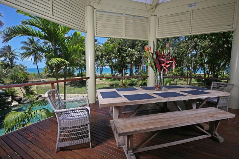 Paradise on Koda - Outdoor Dining Area  - Paradise on Koda - Mission Beach - rentals