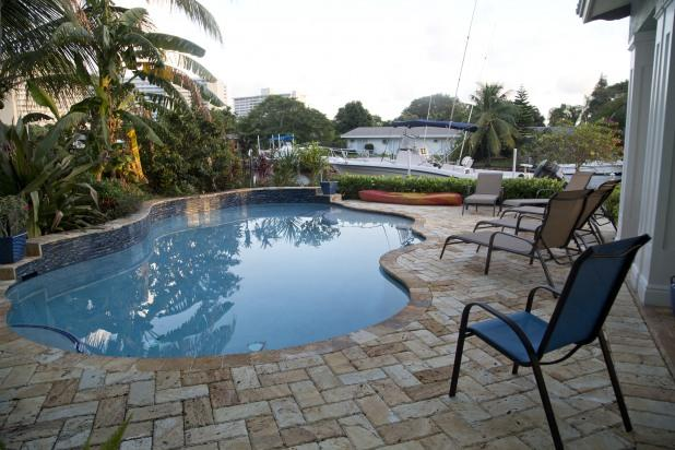 Fort Lauderdale Mansion on Canal 2 blocks to Beach - Image 1 - Fort Lauderdale - rentals