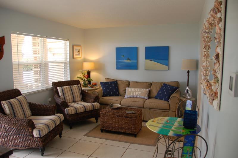 Living Room with Beach View - Steps to  Beach, Gulf View, Footprints in the Sand - Bradenton Beach - rentals