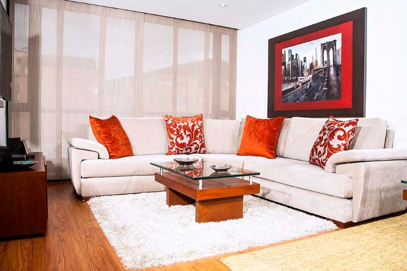 Inviting 3 Bedroom Apartment in Santa Paula - Image 1 - Bogota - rentals