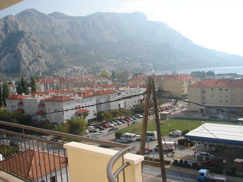 A1(4+2): terrace view - 003OMIS A1(4+2) - Omis - Central Dalmatia - rentals