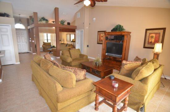 Legacy Park 5 bedroom 3 Bath Pool Home Sleeps 12. 908CR - Image 1 - Orlando - rentals