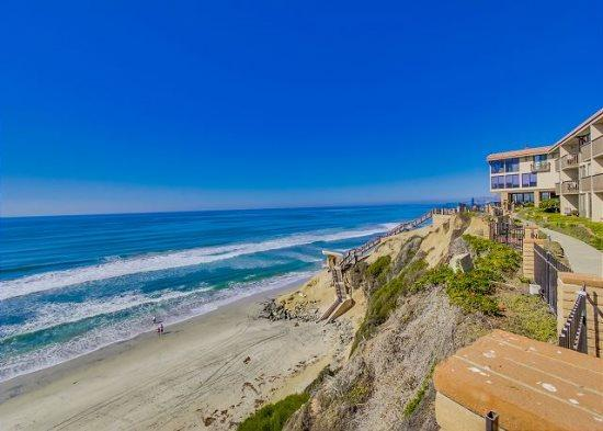 Fantastic Condo Next to the Beach! DMS - Image 1 - Solana Beach - rentals