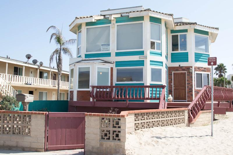 Magnificent Victorian Beachfront on Mandalay Beach - Image 1 - Oxnard - rentals