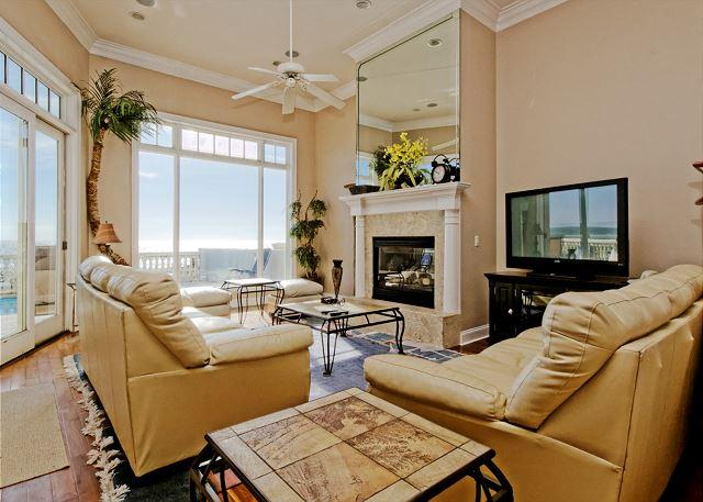 Singleton 11 - Singleton Beach 11, Oceanfront 6 Bedrooms, Private Pool, Elevator, Sleeps 18 - Hilton Head - rentals