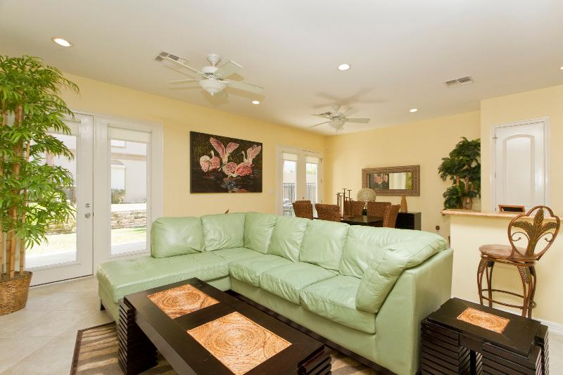 Open Concept living room area - 6508 A-Fountainway - South Padre Island - rentals