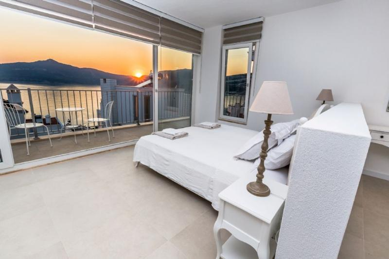 Casa Sole Villa - Image 1 - Kalkan - rentals