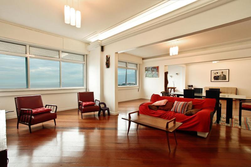LUXURY BEACH FRONT 3.BDR C11-001 - Image 1 - Rio de Janeiro - rentals