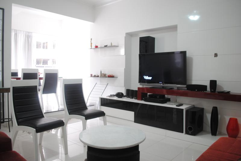 BEAUTIFUL & CLEAN 3-BDR COPA C2-0025 - Image 1 - Rio de Janeiro - rentals