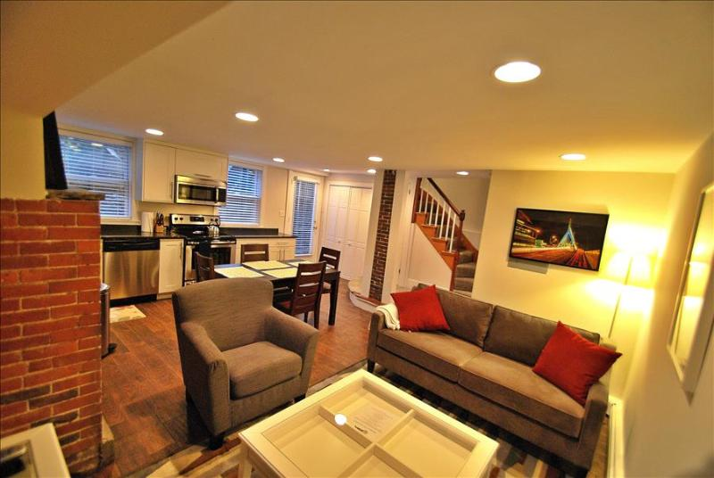 Charlestown Boston Furnished Apartment Rental 12 Mount Vernon Street Unit 1 - Image 1 - Boston - rentals