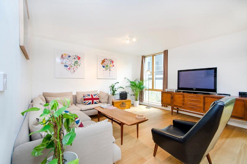 Retro 1 Bedroom Apartment in Shoreditch - Image 1 - London - rentals