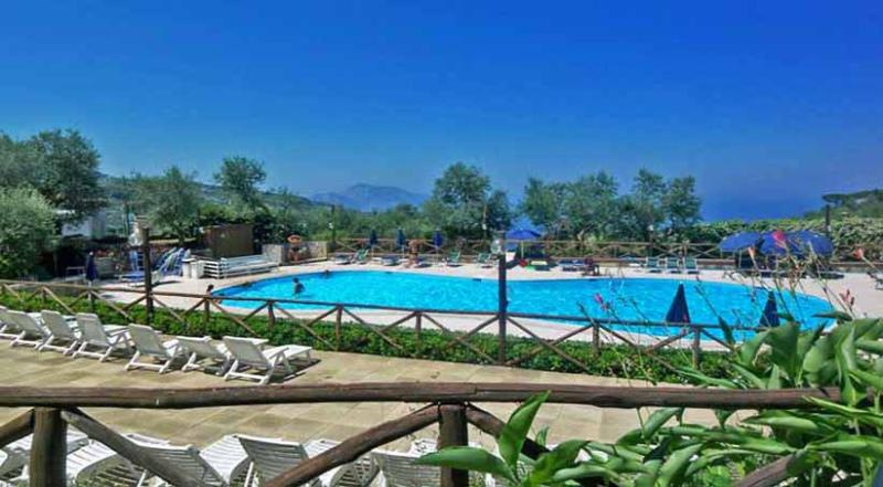 01 La Pigna shared pool area - LA PIGNA Massa Lubrense - Sorrento area - Massa Lubrense - rentals