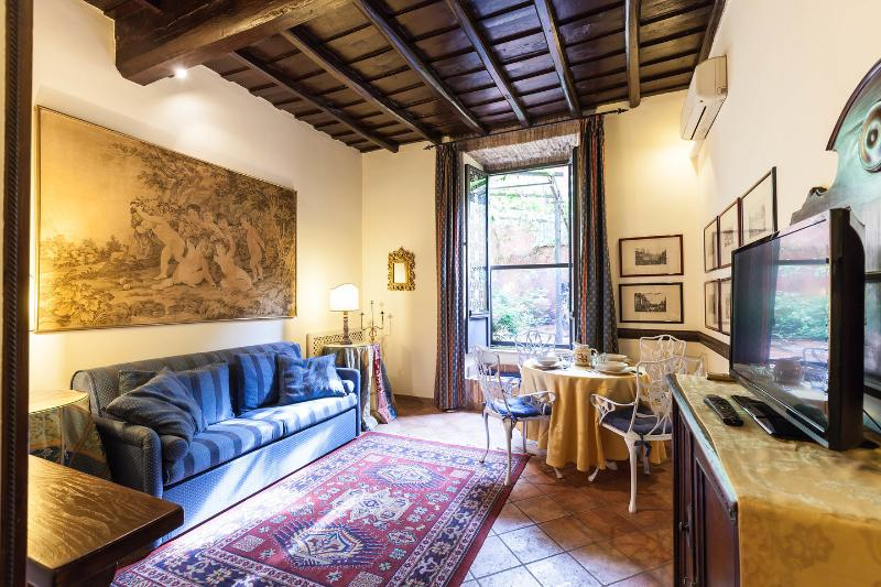 Living Room - An oasis of peace in the centre of Rome - Rome - rentals