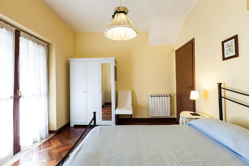 The Double Bedroom - villa lauretana for families  and friends - Rome - rentals