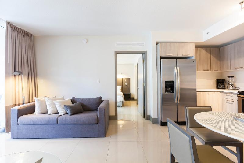 Living Room - New and Modern Two Bedroom Apartment - Habitat Res - Brickell - rentals