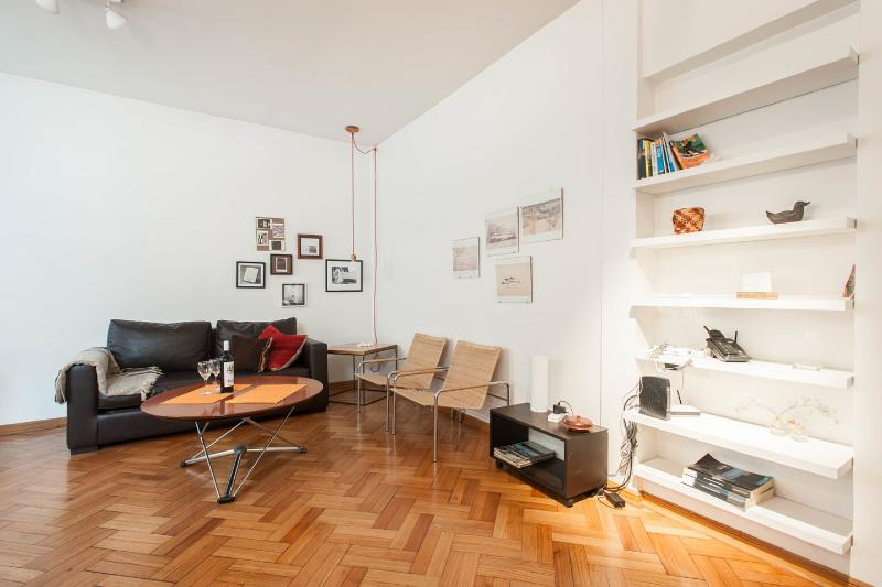 Living Room - Dining Room - Renovated and wide apartment in Alto Palermo - Ciudad Evita - rentals